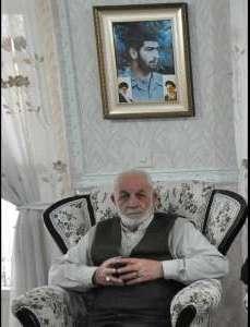 پدر شهید علی اصغر کرمانی به آغوش فرزندش بازگشت