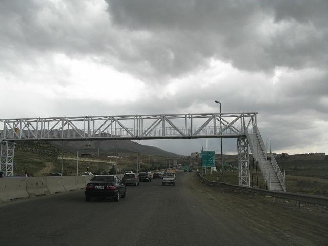 افتتاح دو پل عابر پیاده در محور رودهن-دماوند