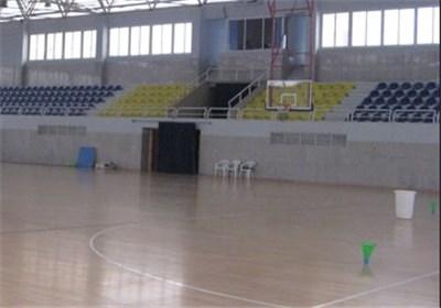 سالن های فرسوده ورزشی در رودهن بازسازی می شود