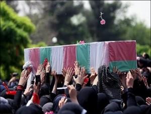 تدفین شهدا در یزد در هاله ای از ابهام/آیا شهدا بعد از تشییع در یزد به تهران میآیند؟