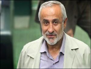 قوه قضائیه با فائزه هاشمی به دلیل بیان سخنان ساختار شکنانه برخورد کند/باید برای آقای هاشمی تأسف خورد