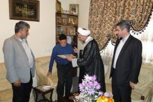 دیدار مسئولان رودهن با خانواده شهیدان همتی و گودرزی