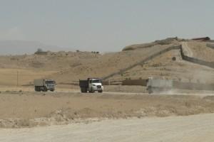 روستای عباسآباد رودهن محروم از آب و گاز/ بهسازی آسفالت این روستا با مشارکت معدن داران