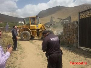 تخریب ۴۰ فقره ساخت و ساز غیر مجاز در لارک اسب چران/ پر کردن ۵ حلقه چاه غیرمجاز+تصاویر