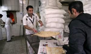 توزیع ماهانه ۱۲۷۵ تن آرد یارانهای در نانواییهای دماوند/ فعالیت ۱۴۱ نانوایی دولتی و آزاد پز در دماوند