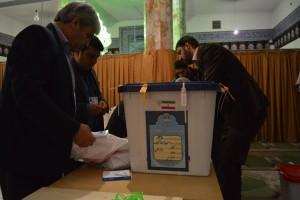 آغاز رأیگیری انتخابات مرحله دوم خانه ملت در ۱۶۱ شعبه اخذ رأی شهرستانهای دماوند و فیروزکوه