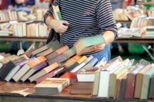 برپایی نمایشگاه کتاب با تخفیف ۳۵ درصدی در آبسرد
