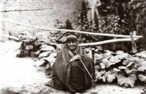 پیر زن صد و پنج ساله یهودی در دماوند+عکس