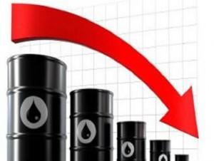 مسئولان از افزایش صادرات نفت خوشحال نشوند/ در قرار دادهای جدید نفتی به ۱۰۰ سال پیش برگشتیم