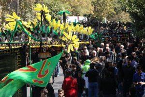 مراسم عزاداری روز عاشورای حسینی در شهر رودهن+تصاویر
