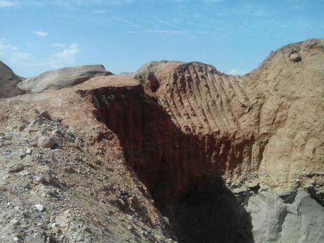 انجام حفاریهای غیرمجاز آثار تاریخی در شهرستان دماوند/ ایام نوروز فرصتی مناسب برای دستبرد افراد سودجو به آثار تاریخی درروستایدوآبدماوند