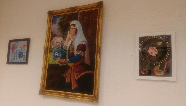 نمایشگاه نقاشی و منبتکاری «نقش و رنگ» در دماوند برپا شد+تصاویر