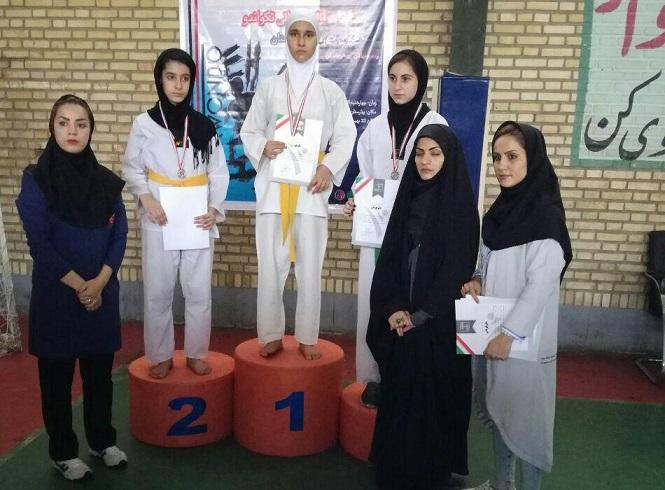 کسب ۳ مدال رنگین توسط دختران تکواندوکار دماوندی در مسابقات آزاد قهرمانی شهرستان بهارستان