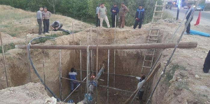 اجرای طرح ضربتی احداث شبکه جدید توزیع آب شرب در روستای بیدک آبسرد