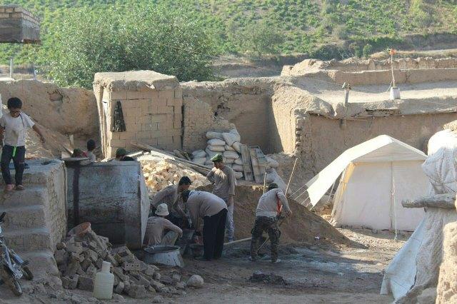 برگزاری اردوی جهادی توسط دانشجویان دانشگاههای آزاد دماوند و رودهن در مناطق زلزله زده خراسان شمالی