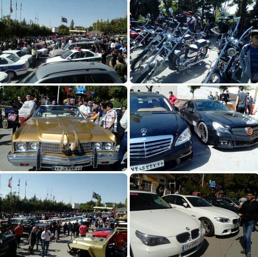 همایش خودروهای کلاسیک در پارک پرچم شهر رودهن برگزار شد
