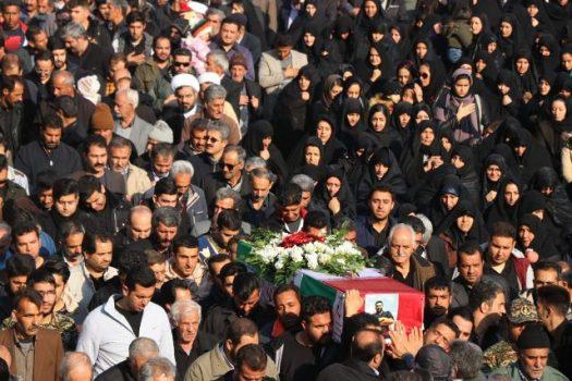 مراسم تشییع و خاکسپاری پیکر شهید «ابراهیم ابراهیمی» در شهرستان دماوند برگزار شد