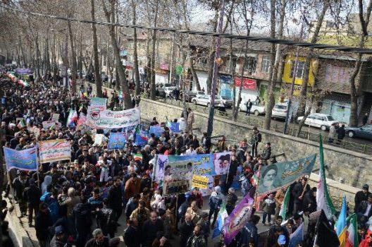 راهپیمایی یومالله ۲۲ بهمن در شهرهای دماوند، رودهن، آبسرد، آبعلی و کیلان برگزار شد