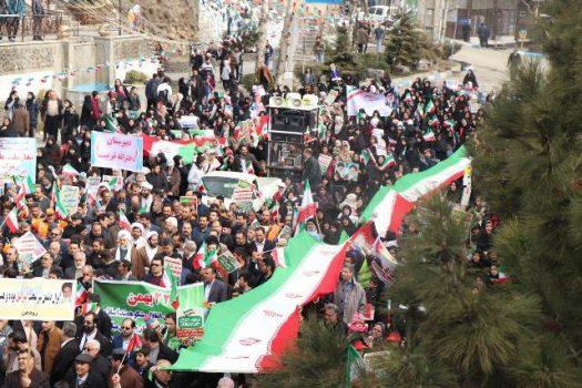 راهپیمایی یومالله ۲۲ بهمن در شهر رودهن برگزار شد