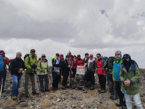 صعود ۳۱ نفر از کوهنوردان شهرستان دماوند به قله پاشوره