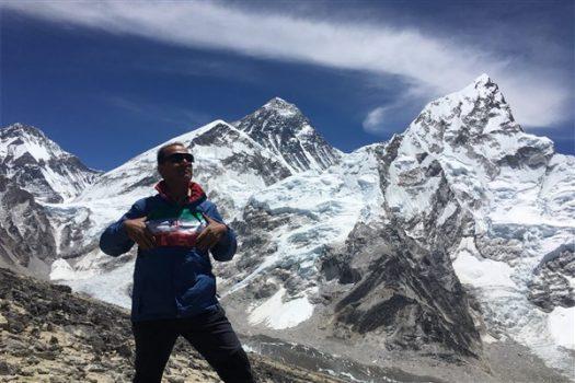 صعود دانشجوی دانشگاه آزاد رودهن به قله کالاپاتار و بیس کمپ اورست