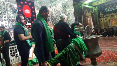 آیین شست و شوی علم محله درویش شهر دماوند+تصاویر