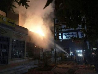 آتشسوزی فروشگاه آقایی در دماوند + تصاویر و فیلم