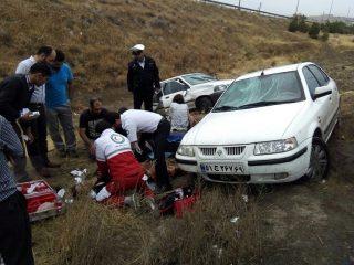 برخورد زنجیرهای ۵ خودرو سواری در محور دماوند-رودهن بعد از روستای گلاهک/ متاسفانه این حادثه یک فوتی و ۶ مصدوم برجای گذاشت