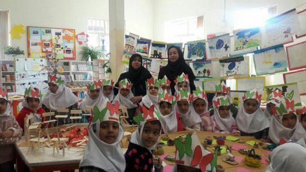 استقبال ۵۰۰ نفر دانشآموز از برنامههای گرامیداشت هفته ملی کودک در دماوند/ بیش از ۲۰ برنامه مختلف فرهنگی و آموزشی اجرا شد
