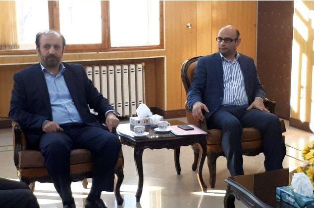 نشست مدیرکل فرهنگ و ارشاد اسلامی استان تهران با مسئولان شهرستان دماوند
