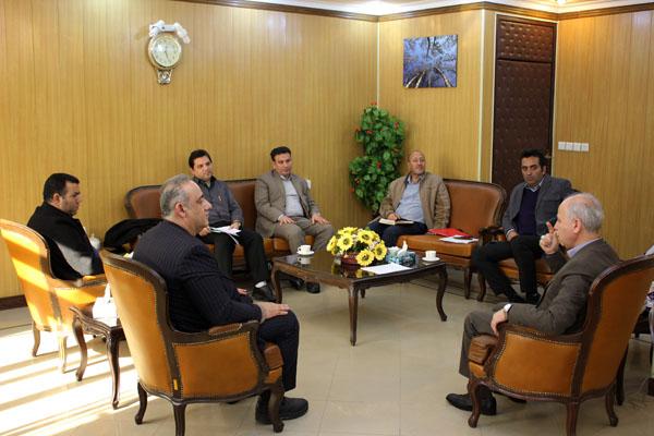 نشست فرماندار با مدیران برق و راه شهرستان دماوند (1)