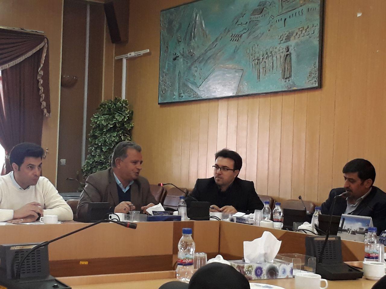 نشست کارگروه تخصصی سلامت و امنیت غذایی شهرستان دماوند (1)