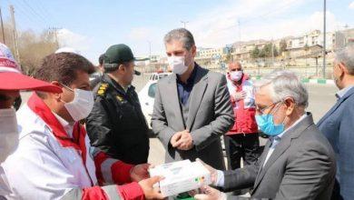 تصویر از رئیس جمعیت هلال احمر شهرستان دماوند:  اهدای چند دستگاه تبسنج و مواد ضد عفونی کننده به ایستگاه کنترل سلامت شهرستان دماوند
