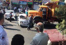 تصویر از کامیون بی ترمز در بلوار آیتالله خامنهای گیلاوند چند خودرو را درهم کوبید