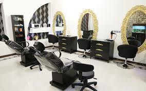 تصویر از گلایه آرایشگران زنانه در شهرستان دماوند از محدودیتهای کرونایی/ اجاره ملک، مالیات و خرج زندگی داریم