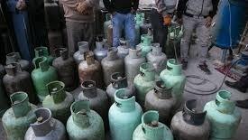 تصویر از سردرگمی مردم با افزایش بیرویه قیمت کپسول گاز مایع در شهرستان دماوند/ کاهش یک سومی سهمیه گاز مایع در دماوند